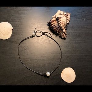 Jewelry - Cute Pearl Leather Cord Necklace